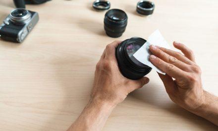 Aprenda a limpar a lente da câmera de maneira correta